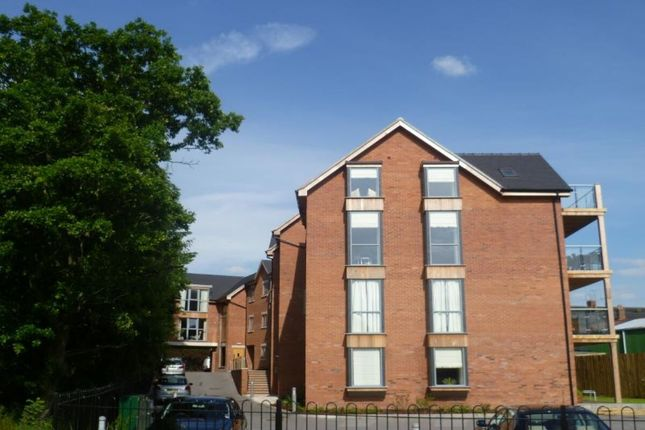 2 bed flat to rent in Castle Street, Eccleshall, Stafford ST21