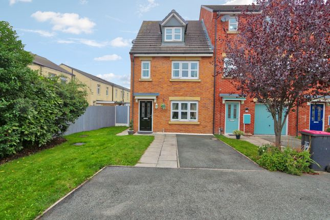 4 bed end terrace house for sale in Mariners Way, Irlam, Manchester M44