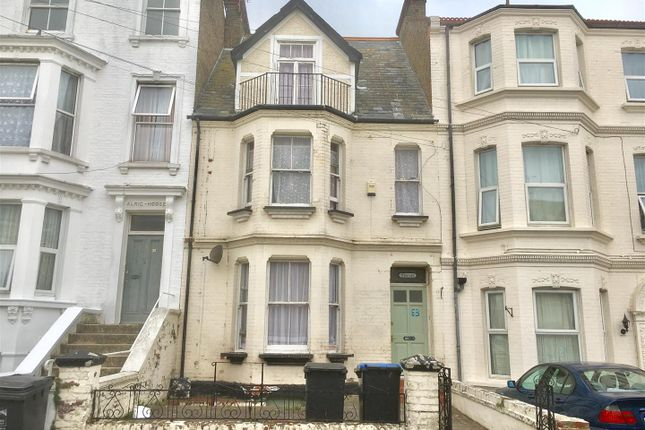 Thumbnail Town house for sale in Harold Road, Cliftonville, Margate