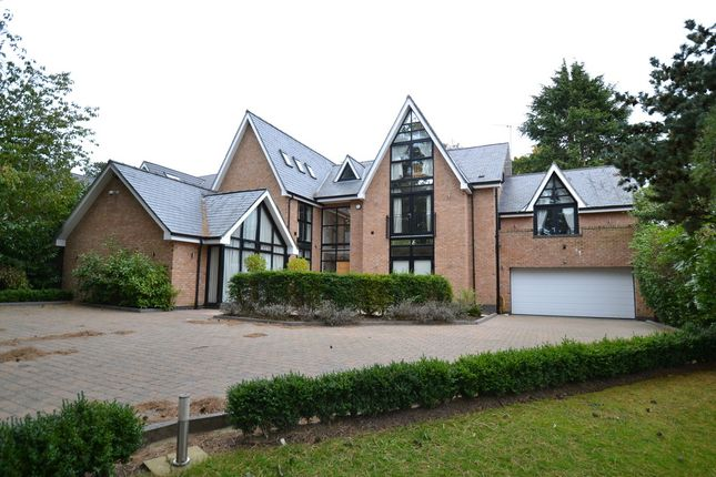 Thumbnail Detached house to rent in Barry Rise, Bowdon, Altrincham