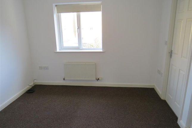 Bedroom 1 of Lyvelly Gardens, Peterborough PE1