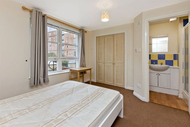 Master Bedroom of Blandfield, Edinburgh EH7