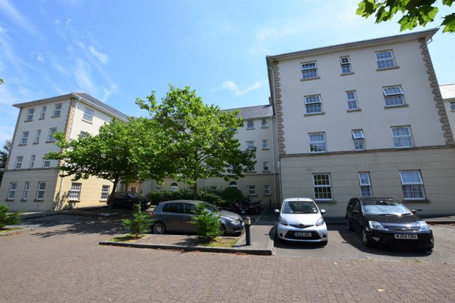Thumbnail Flat for sale in Emily Gardens, Greenbank, Plymouth, Devon