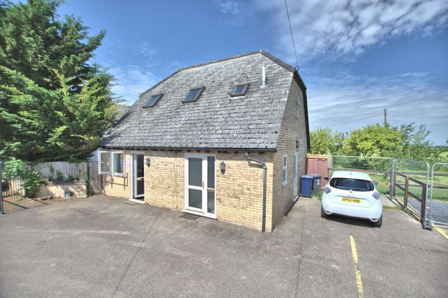 Thumbnail Detached house to rent in Balsham Road, Fulbourn, Cambridge
