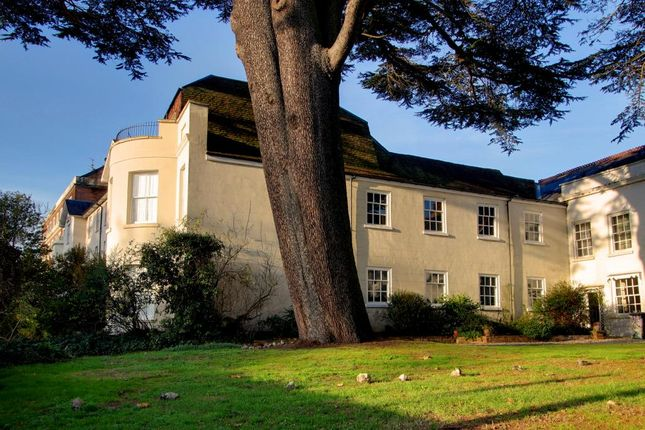 Thumbnail Town house for sale in Castle Hill, Reading