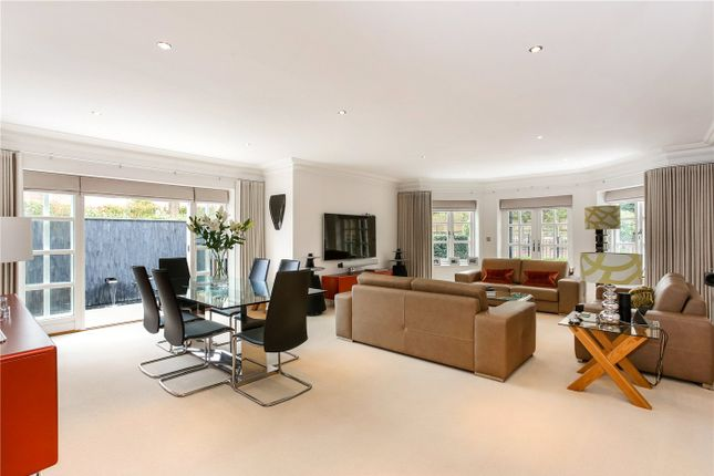 Thumbnail Flat for sale in London Road, Sunningdale, Berkshire