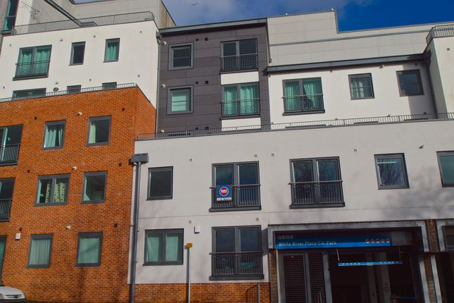 Thumbnail Flat to rent in Piran Place, St Austell