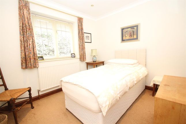 Bedroom 3 of New Road, Twyford, Reading RG10