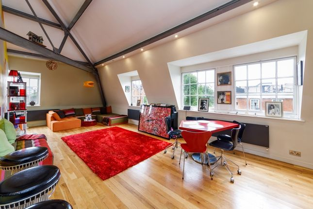 Thumbnail Flat for sale in Prince Of Wales Road, Kentish Town