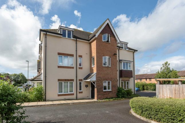 Thumbnail Flat for sale in Elm Grove, Horsham