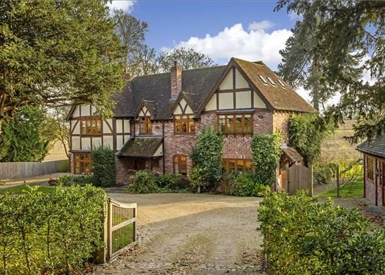 Thumbnail Detached house for sale in Cedar Drive, Stratford-Upon-Avon, Warwickshire