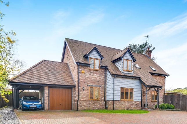 Thumbnail Detached house for sale in Woburn Road, Heath And Reach, Leighton Buzzard