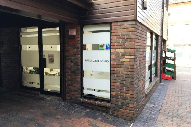 Commercial property for sale in Eleanors Cross, Dunstable
