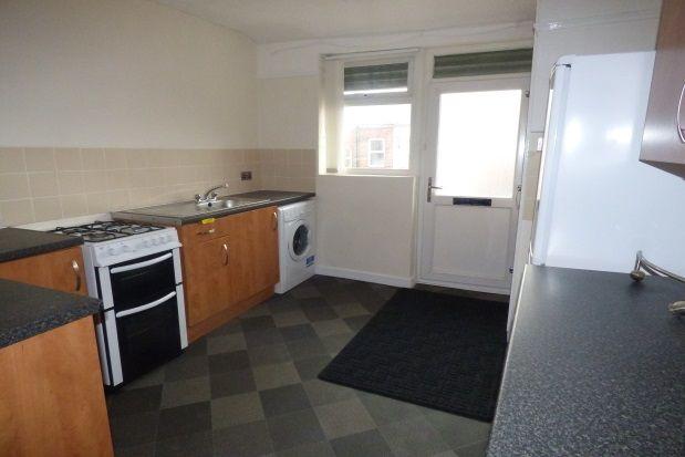 Thumbnail Flat to rent in Aigburth Road, Garston, Liverpool