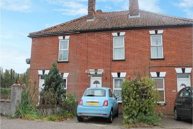 Thumbnail Terraced house for sale in Victoria Road, Diss