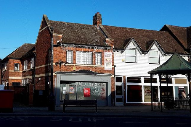 Thumbnail Retail premises to let in 9-9A Victoria Square, Droitwich, Worcestershire