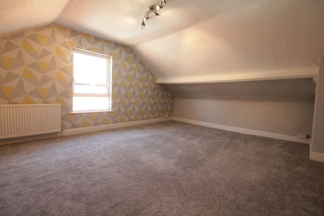 3 bed property to rent in Bristol Road, Gloucester GL1
