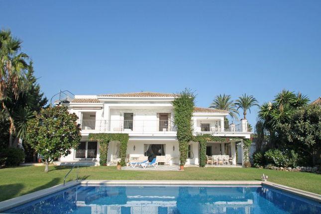 5 bed villa for sale in El Paraiso Barronal, Marbella West (Estepona), Costa Del Sol