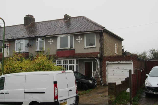 Thumbnail Semi-detached house to rent in Westfield Avenue, Watford