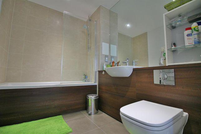 Bathroom of Rathbone Street, London E16