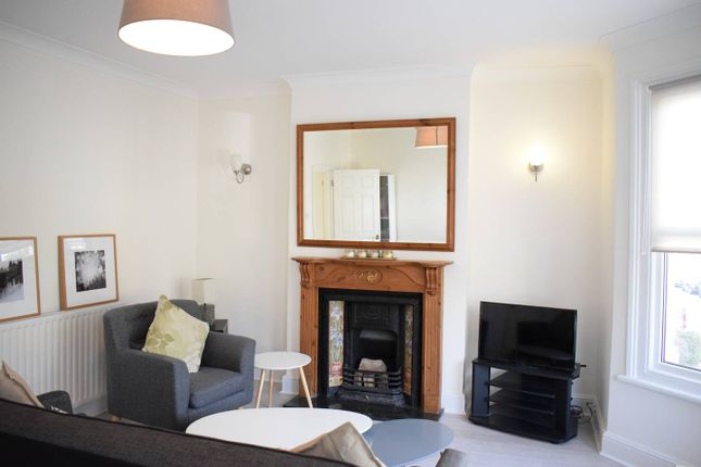 Thumbnail Barn conversion to rent in Adys Road, East Dulwich, London