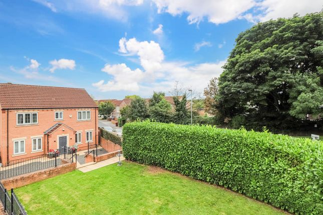 Thumbnail Detached house for sale in Holywell Avenue, Castleford