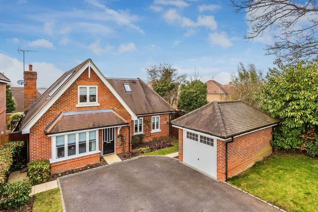 4 bed detached house for sale in Lyngarth Close, Bookham, Leatherhead