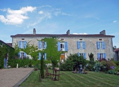 12 bed equestrian property for sale in Chanterac, Dordogne, France