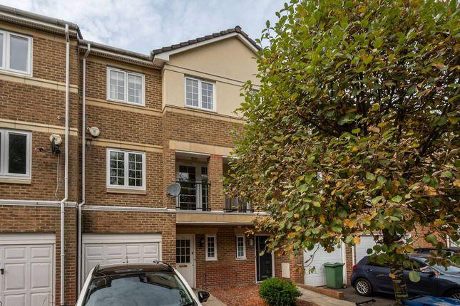 Thumbnail Property to rent in Bewley Street, South Wimbledon, London