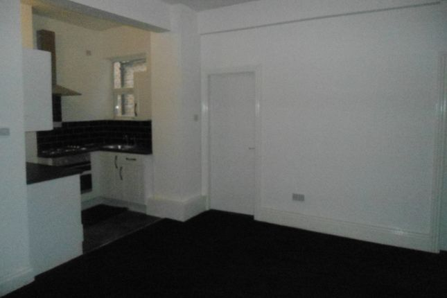 Thumbnail Flat to rent in Westgate, Rotherham