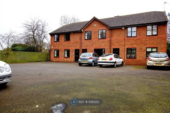 2 bed flat to rent in Sutherby Court, Doncaster DN4
