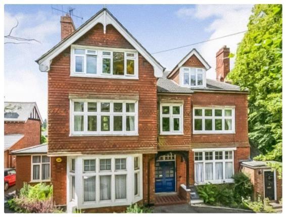 Picture No.01 of Burnside, Sandhurst Road, Tunbridge Wells, Kent TN2