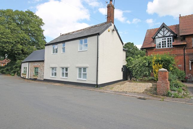 Thumbnail Cottage for sale in Woodbury Road, Clyst St. George, Exeter