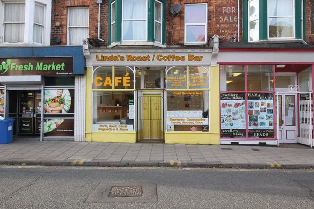 Restaurant/cafe for sale in Victoria Road, Scarborough