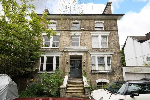 Thumbnail Flat for sale in Hamlet Road, London