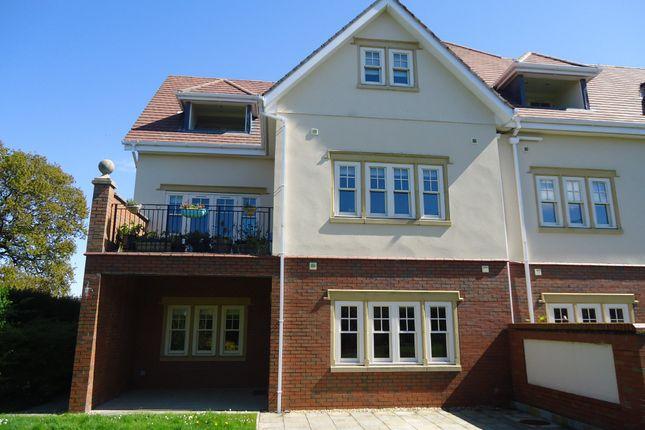 Thumbnail Flat for sale in Walshaw Avenue, Rhos On Sea, Colwyn Bay