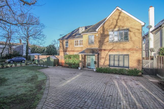 5 bed semi-detached house to rent in Stevens Lane, Claygate, Esher KT10