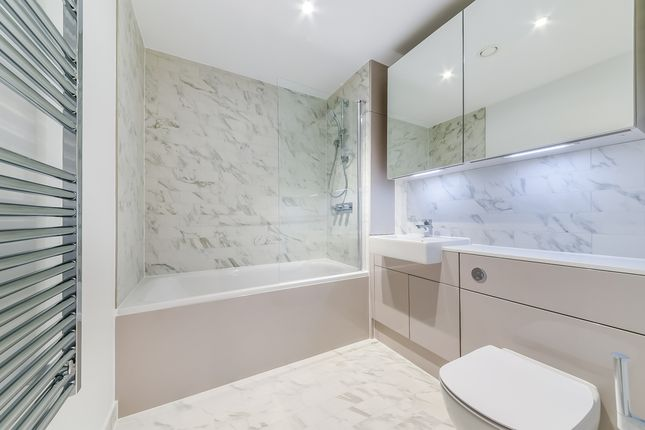 Bathroom of Hurlock Heights, Elephant Park, London SE17