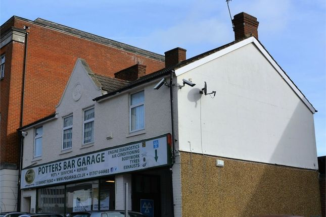 Thumbnail Flat to rent in Barnet Road, Potters Bar