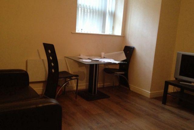 Thumbnail Flat to rent in Flat 1, 9 Claremont, Bradford 9 Claremont Bradford