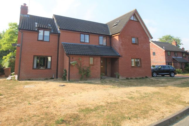 Thumbnail Detached house to rent in Chapel Close, Buxhall, Stowmarket