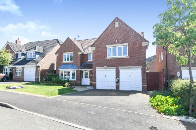 Thumbnail Detached house for sale in Defford Close, Webheath, Redditch, Worcestershire