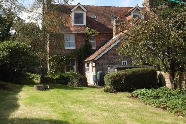 Thumbnail Semi-detached house to rent in Westdown Lane, Burwash Common, Etchingham