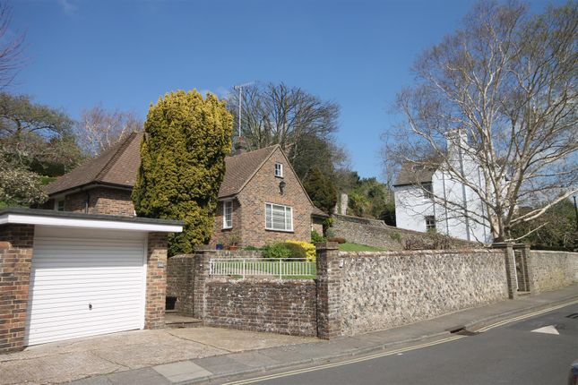 Thumbnail Detached bungalow to rent in Grange Road, Lewes