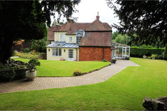 Thumbnail Country House For Sale In Liphook Road Haslemere