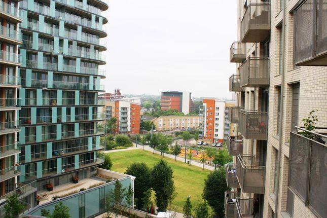 Thumbnail Flat to rent in Venice Corte, Lewisham, London