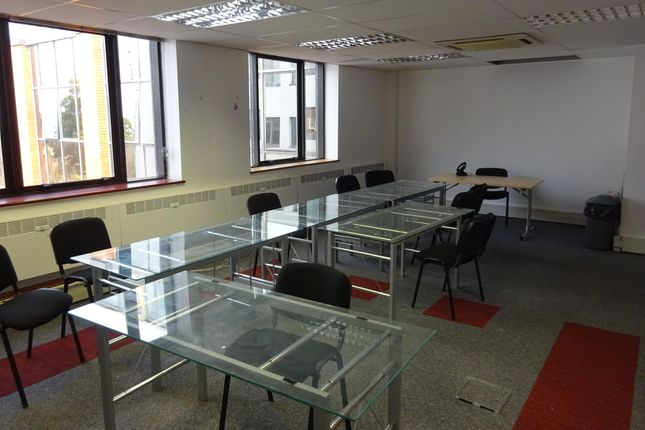 Romford_Office_To_Let