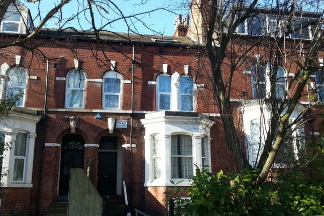 8 bed terraced house to rent in Bainbrigge Road, Headingley, Leeds