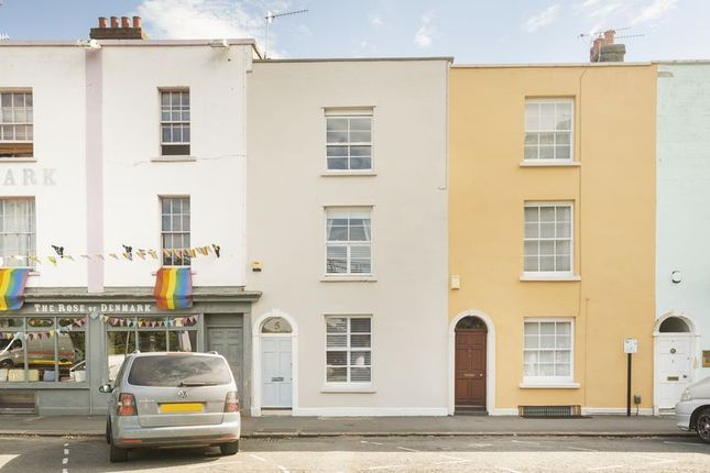 Thumbnail Terraced house for sale in Dowry Place, Bristol