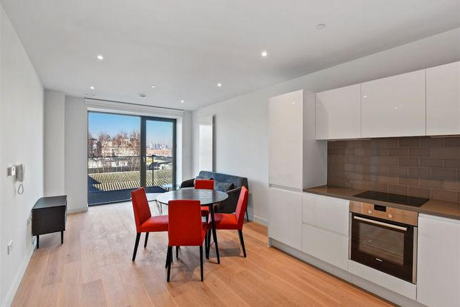 Living+Area of Shipwright Street, London E16